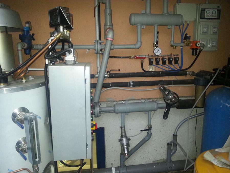 Impianto automatizzato per il riscaldamento a vapore della glicerina